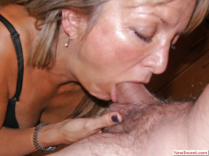 Amateur natural pussy creampie
